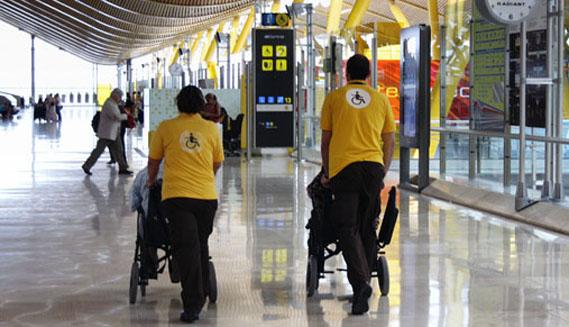 Aena licita el Servicio de Asistencia a Personas con Movilidad Reducida (PMR) para 20 aeropuertos de la red por un importe total de hasta 303.786.250 €